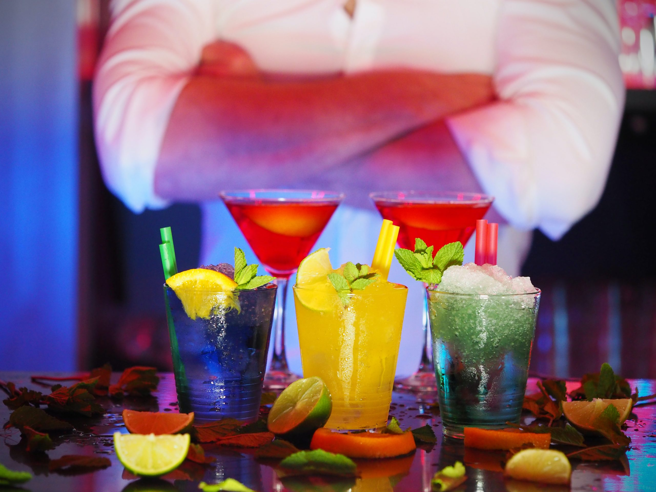 bartender, drinks, live events, open bar, local freelance bartenders, cocktail parties, holiday parties, holiday events, alcohol events, tasting parties, virtual cocktail parties